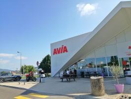 STATION AVIA A43