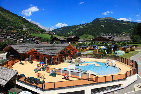 Le grand bornand camping l 39 escale campings for Camping chamonix piscine