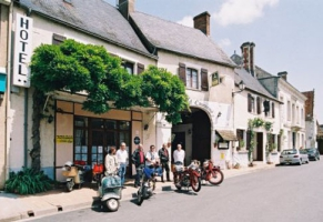 Relais Motards AU BOEUF COURONNE