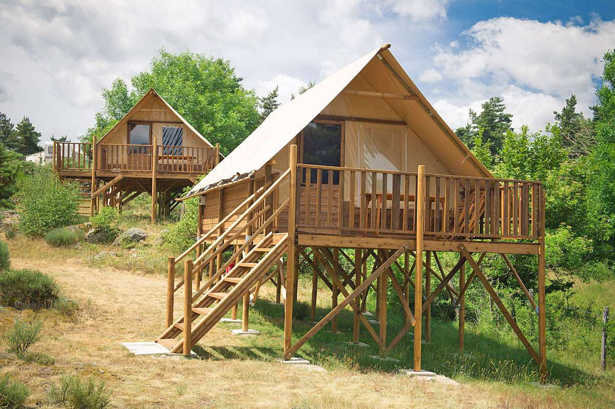Rocles Camping Rondin Des Bois Camping
